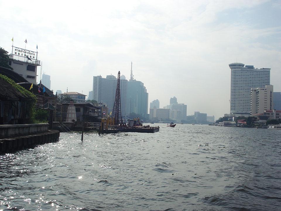 bangkok chao river