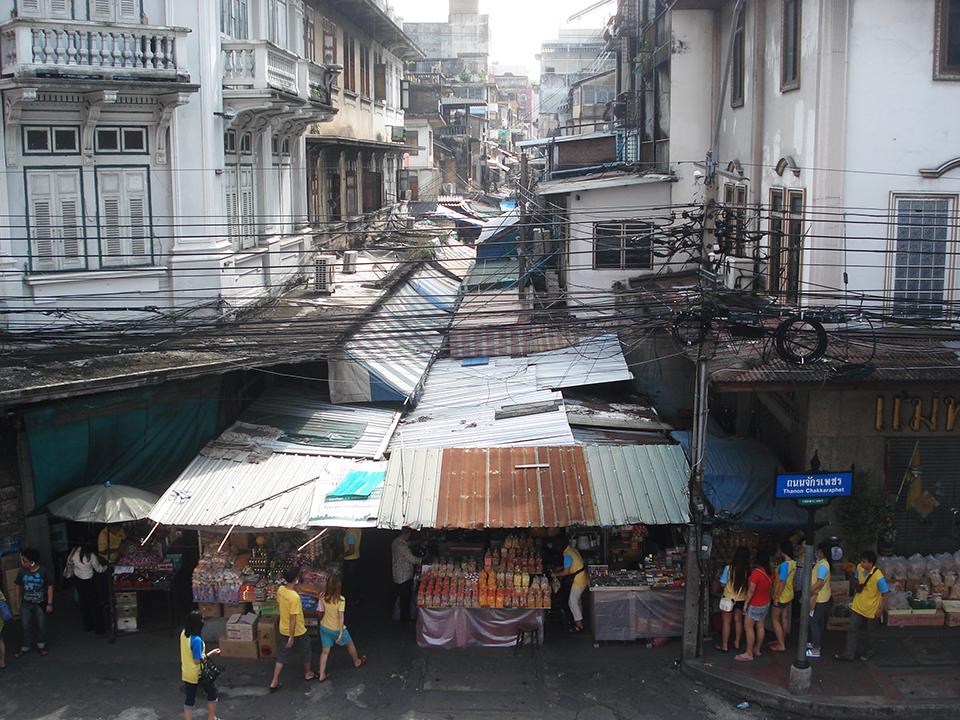 bangkok chinatown street
